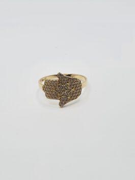 טבעת זהב 14 קראט בעיצוב חמסה משובצת זרקונים gr231